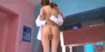 美人家庭教師が生徒を誘惑し全裸で立ち素股【初音みのり】